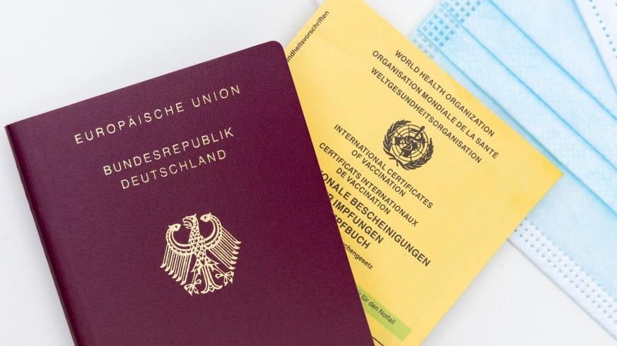 Los expertos ponen reparos al pasaporte de vacunación