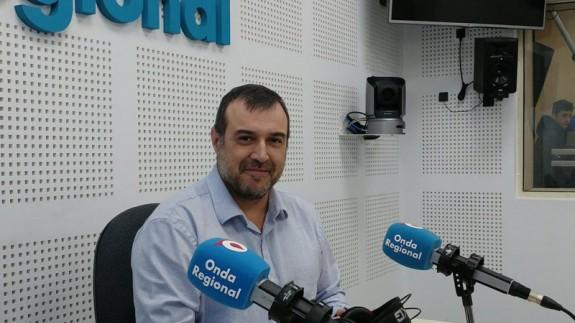 Fernando Campillo en Onda Regional. Archivo ORM