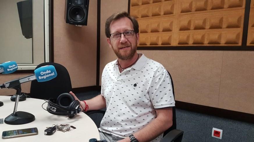 Santiago Fernández, portavoz de Hombres por la igualdad, en Onda Regional