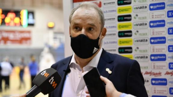 Rafa Monclova en una rueda de prensa. Foto:ORM.