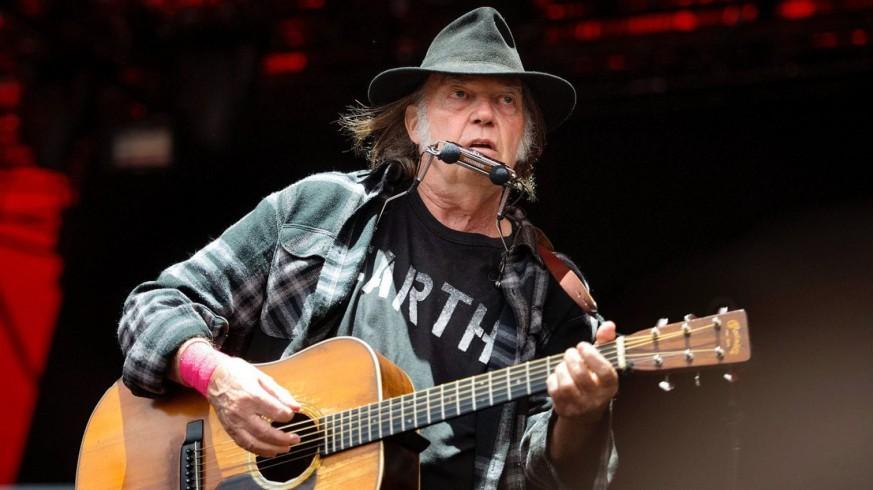 """TERMINAL POP - 1ª HORA. 46 años después de su grabación, Neil Young anuncia la publicación de """"Homegrown"""""""