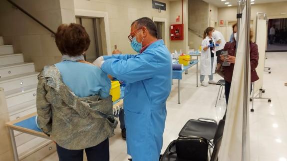 Vacunación en las instalaciones de Nueva Condomina