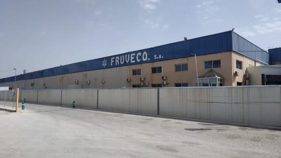 Exteriores de la empresa Fruveco en El Raal