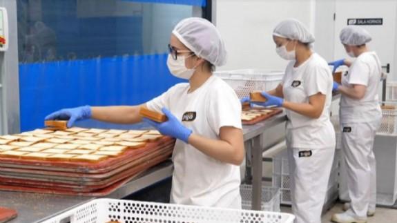 PLAZA PÚBLICA. Una razón de Peso. La empresa Mastrigo confecciona con sus diferentes panes el premio de esta semana