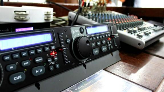 Estudio radiofónico