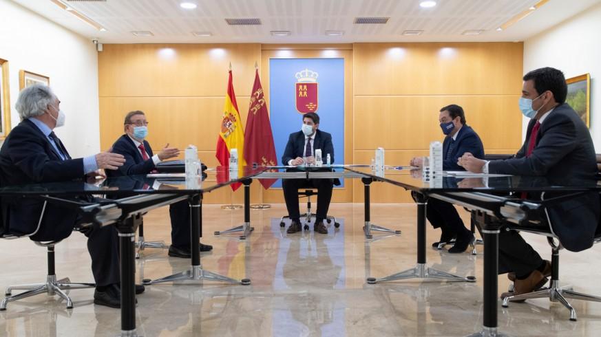 Reunión entre el Gobierno regional y Ferrmed. CARM