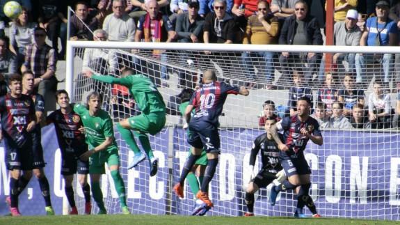 El Yeclano cae 0-5 ante el San Fernando