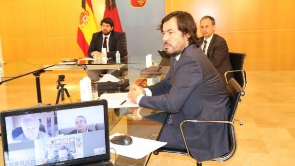 Reunión telemática entre Gobierno y agentes sociales.