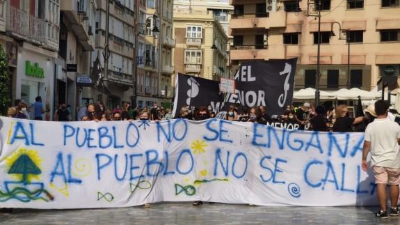 Medio Millar de personas se manifiesta en Cartagena por la regeneración del Mar Menor