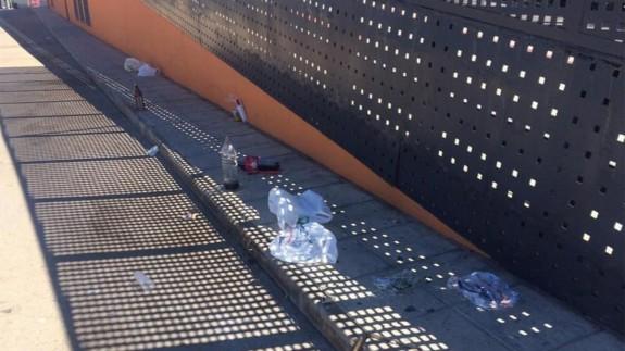 Los comerciantes de La Manga y Cabo de Palos trasladan a la Delegación del Gobierno su preocupación por los botellones