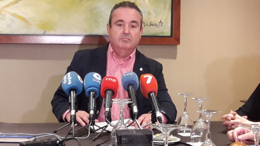 Santiago Navarro en rueda de prensa.