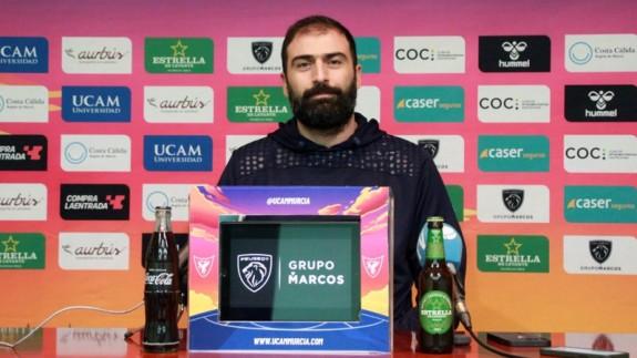 """Vasileiadis: """"Estoy disfrutando en el UCAM, donde hay una gran familia"""""""
