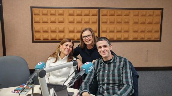 Teresa Allepuz con Alejandro Zamorano y Begoña Torres