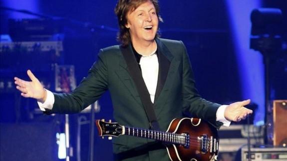 TERMINAL POP T10C013 Le damos un repaso al primer disco de Paul McCartney desde su #1 Egypt Station en 2018, McCartney III es un álbum desnudo, producido por él mismo