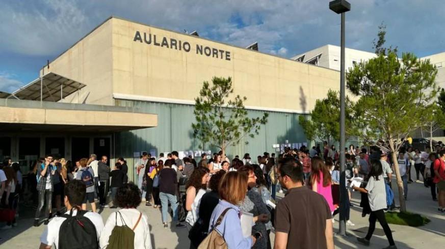 Alrededor de 2.000 opositores optan a una de las 75 plazas del Servicio Murciano de Salud