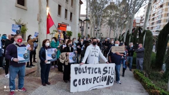 Concentración frente a la sede del Gobierno Regional. ORM
