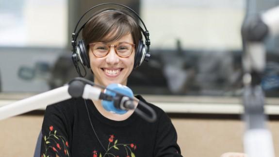 VIVA LA RADIO. El radiolaboratorio de la Dra. Costa. El factor humano. Gazapos radiofónicos y II