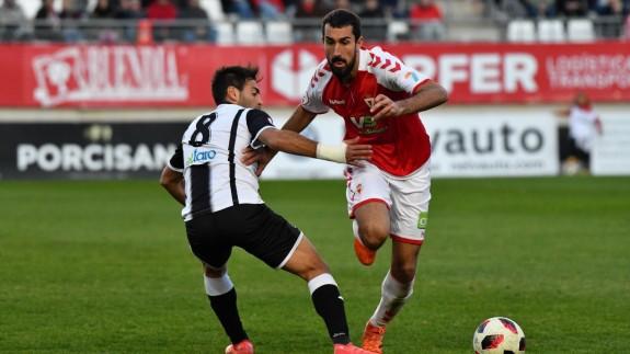 Empate sin goles entre Real Murcia y Badajoz