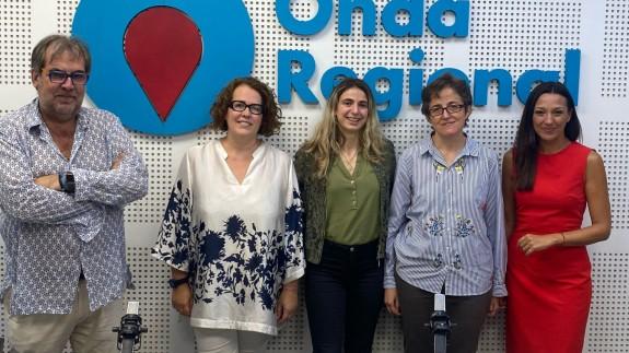 Adolfo Fdz, Belén Ruiz, África Sierra, Pilar Ponz y Carmen Conesa en los estudios de ORM
