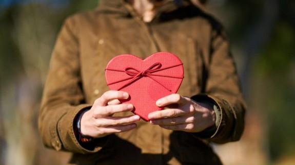 MURyCÍA. Encuesta de San Valentín: ¿qué regalar?