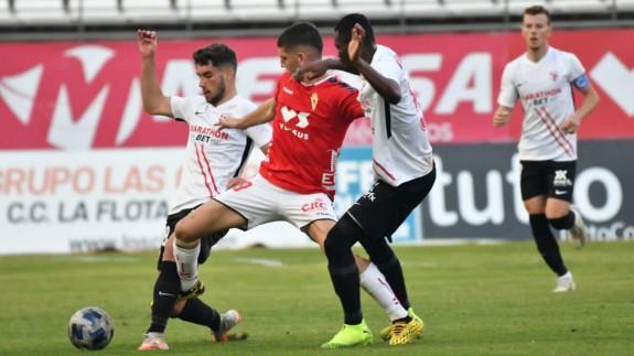 Un Murcia insuficiente solo empata ante el Sevilla Atlético| 1-1