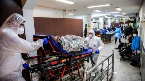 Traslado paciente de coronavirus a un hospital. Foto: Europa Press