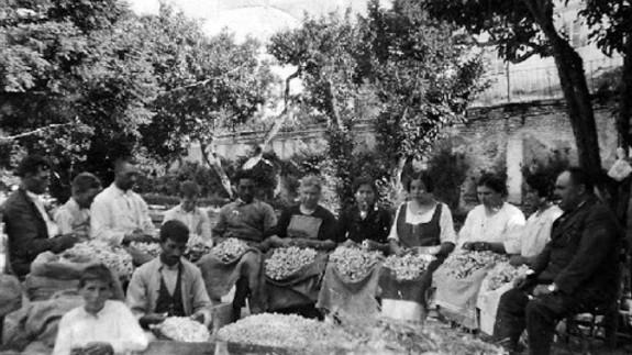 Trabajadoras de la seda