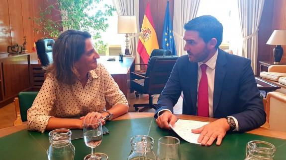 Reunión entre Ribera y Luengo en Madrid