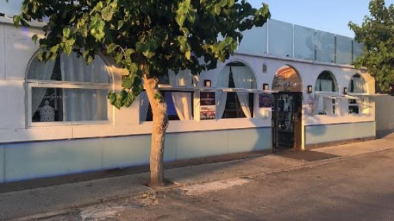 El Ayuntamiento de Los Alcázares pide aislamiento preventivo por el brote surgido en una discoteca