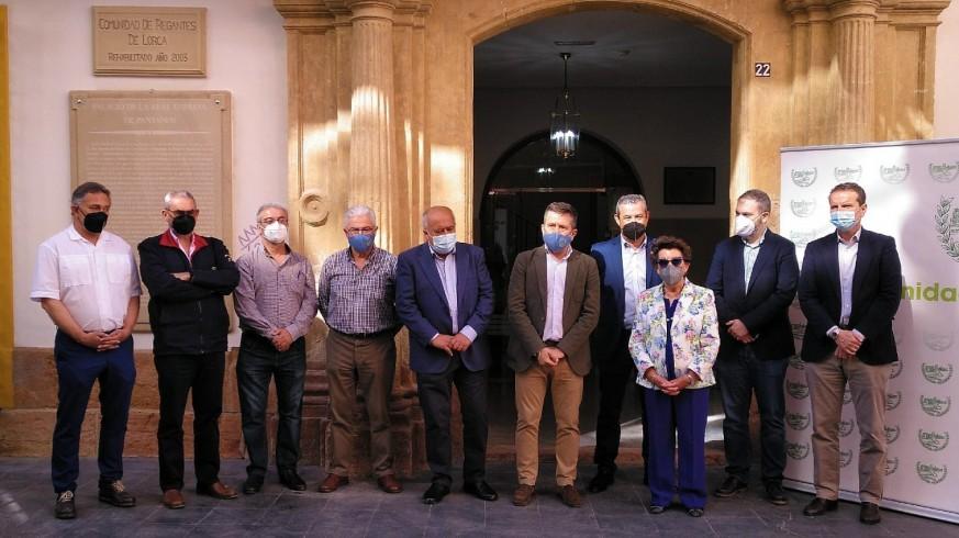 TARDE ABIERTA. Los regantes lorquinos se manifiestan este sábado en defensa del Trasvase del Tajo