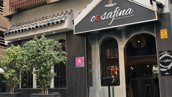 Fachada del gastrobar Cosa Fina, en Murcia