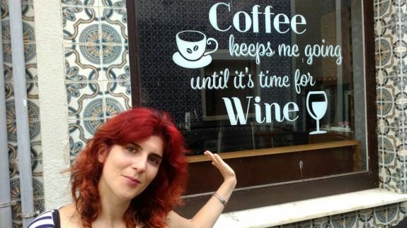 VIVA LA RADIO. Yo que soy una chica formal. Café mañanero, una selección de canciones que te levantarán el ánimo