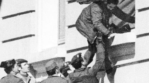 """VIVA LA RADIO. Yo estuve allí. El golpe de Estado """"a la española"""" del 23F"""