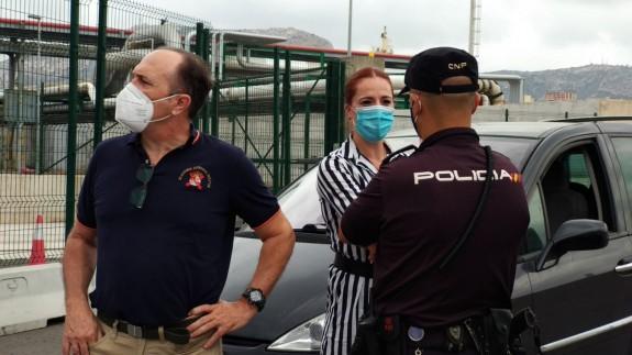 El diputado a las Cortes de Vox, Luis Gestoso, en el puerto de Escombreras