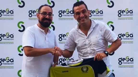 Adrián Hernández, a la derecha, con el Gesa-Churra.