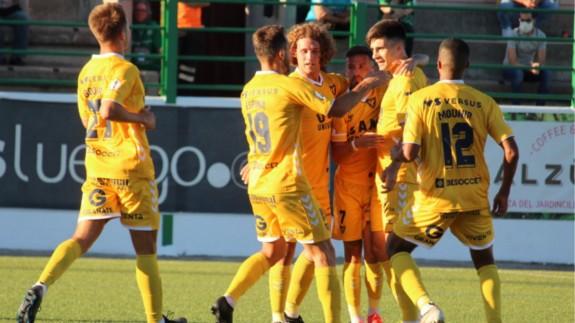 Jugadores del UCAM celebran uno de los goles