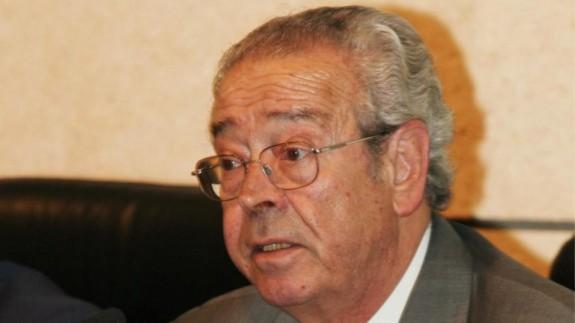 Representantes de la política y sociedad murciana asisten al funeral de Clemente García