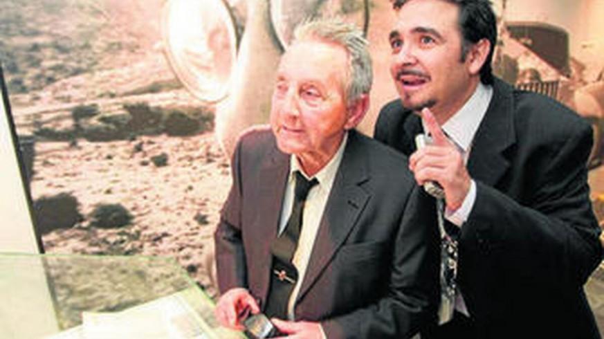 40 HORAS BEATLES. Juan & John, el libro de Adolfo Iglesias que sigue los pasos de Lennon por Almería y otros enigmas