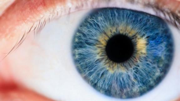 Para evitar problemas oculares, es importante usar gafas de sol homologadas
