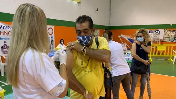 3.500 ciezanos se vacunan este fin de semana con la segunda dosis de Moderna