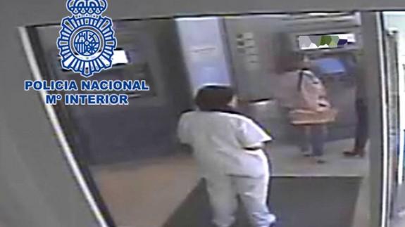 Detenida por defraudar a una anciana. POLICÍA NACIONAL