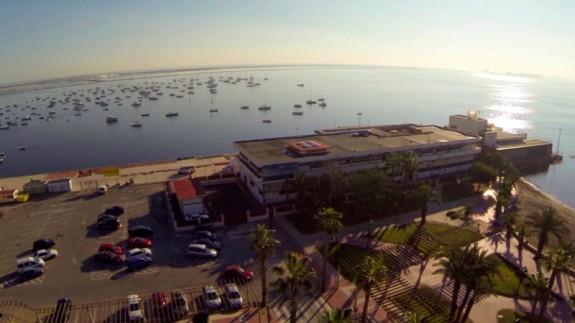 Los trabajadores del Instituto Español de Oceanografía se concentran en los centros de la Región este martes
