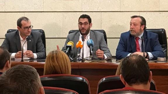 Cano, Abril y De Heras, en rueda de prensa