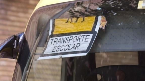 Autobús de transporte escolar. EP