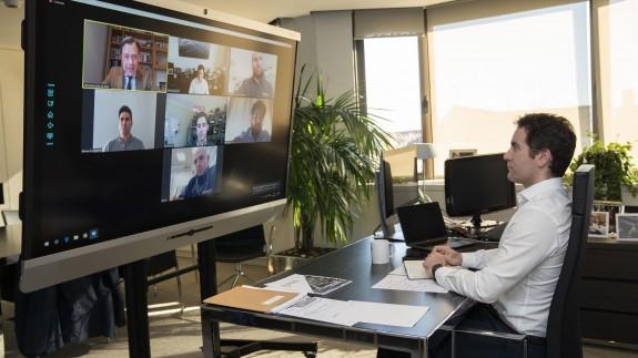 García Egea, en una reunión por videoconferencia desde su despacho de Génova