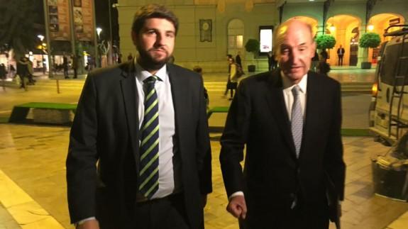 Miquel Roca y el presidente López Miras