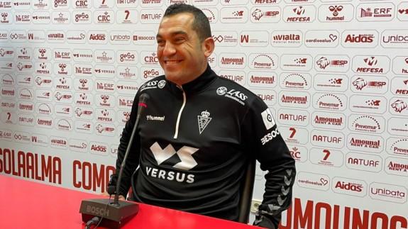 """Adrián Hernández: """"No podemos equivocarnos con el sustituto de Chumbi"""""""