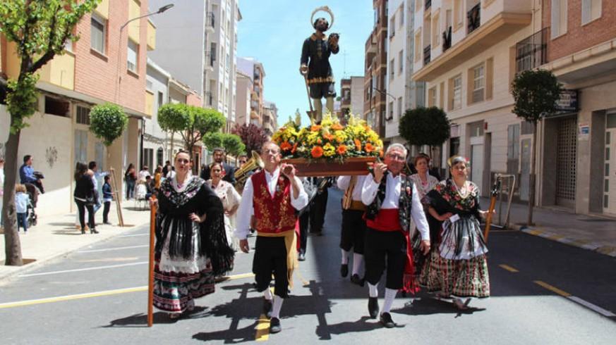 "VIVA LA RADIO. Itinerario Cultural. Yecla vive un San Isidro muy ""diferente"""