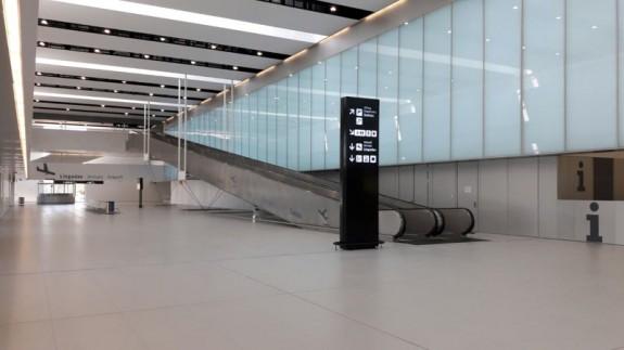 Imagen del interior del Aeropuerto de Corvera