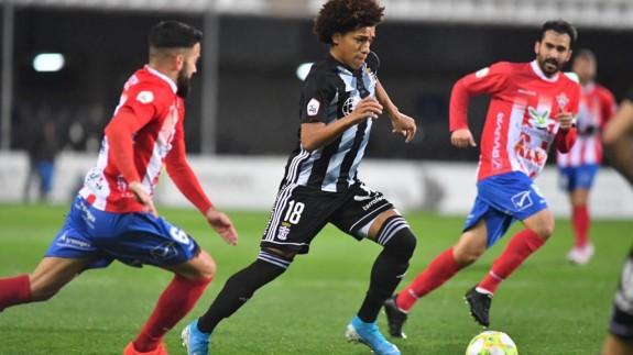 Al Cartagena se le escapan los puntos en el descuento ante el Don Benito  1-1